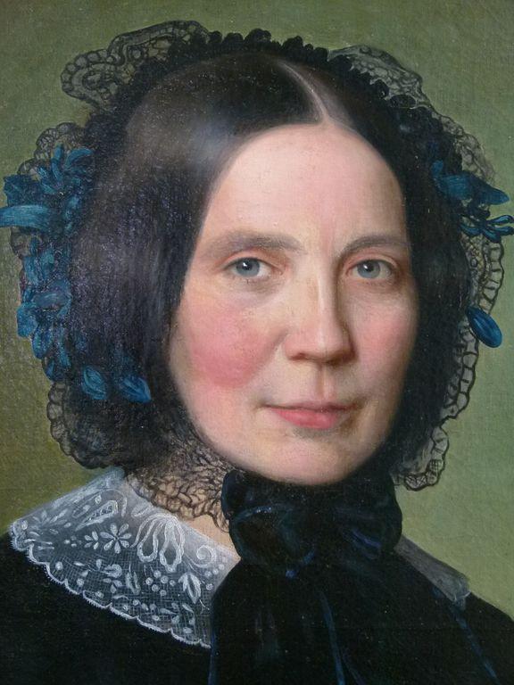 après la restauration du portrait de femme | Atelier de Montavel